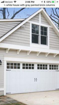 This amazing garage door trim is genuinely a superb design conception. Garage Door Trim, Double Garage Door, Garage Door Styles, Craftsman Home Exterior, House Paint Exterior, Exterior House Colors, Craftsman Style, Cottage Exterior, Garage Pergola
