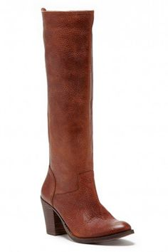 30 Classic Boots You'll Have Forever  #refinery29  http://www.refinery29.com/knee-high-boots-fall-2014#slide17