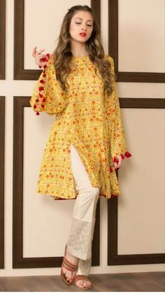 Pakistani Style Designers are one of the best designers within the textile trade all around the world. These designers cherish the thoughts of the you. Pakistani Fashion Casual, Pakistani Dresses Casual, Pakistani Wedding Outfits, Pakistani Dress Design, Indian Fashion, Stylish Dresses For Girls, Casual Summer Dresses, Simple Dresses, Frock Design