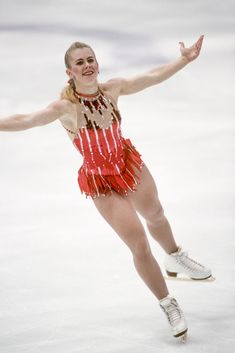 70 of the Sexiest Figure-Skating Costumes of All Time Tonya Harding, Figure Skating Outfits, Figure Skating Costumes, Zombie Couple Costume, 90s Costume, Zombie Costumes, Halloween Costumes, Athlete Costume, Ice Girls