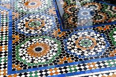 moroccan tiles, dar and beida, Fashion bakchic Moroccan Tiles, Moroccan Decor, Arabesque, Interior Wallpaper, Moroccan Interiors, Tile Patterns, Geometric Patterns, Textures Patterns, Stone Flooring