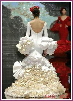 Una espalda y cola de vestido realmente de Coutoure ..... Extraordinario traje❤❤