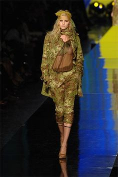 Jean Paul Gaultier Spring 2008 Ready-to-Wear Collection Photos - Vogue
