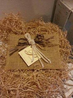 Buste regalo con juta fatto a mano ... www.pbanchetti.it