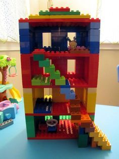 Things to do with kids when you're stuck inside Lego For Kids, Diy For Kids, Crafts For Kids, Manual Lego, Lego Therapy, Construction Lego, Lego Challenge, Lego Club, Lego Craft
