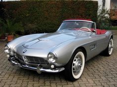 BMW 507 - oh yes, the most beautiful BMW convertible EVER designed. And to imagine when it was first introduced, not many liked the car - unbelievable.