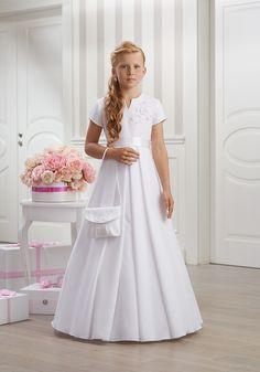 Elegantné spoločenské šaty