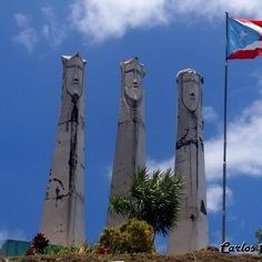 The Three Kings in Guavate, Cayey Puerto Rico Beautiful Islands, Beautiful Places, Places To Travel, Places To Go, Puerto Rican Culture, Enchanted Island, Little Island, Kings Day, Puerto Ricans