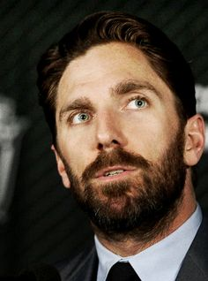 Hockey beard Henrik Lundqvist