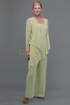 Us 179 99 sexy pale green chiffon mother of the bride pant suits