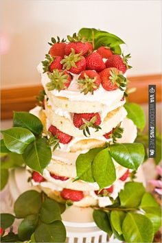 fresh strawberry cake by Pacific Harvest Catering | CHECK OUT MORE IDEAS AT WEDDINGPINS.NET | #weddingcakes