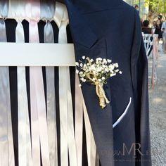 Costume du marié avec sa touche bohème chic !