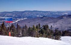 Vue côté Octogone Cafe & Gallery, Stowe, Vermont, USA, mars 2017 Stowe Vermont, Mars, Mountains, Usa, Gallery, Nature, Travel, Naturaleza, Viajes