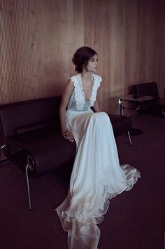 two piece gown for wedding. vintage bohemian style handmade crocheted top with large crystals detail on center. white silk chiffon skirt with double silk like white lining . circle cut wedding dress, romantic wedding dress.<br><br>Hand made.<br>All products are made to order.<br><br>Before checking out, please read <a href='https://zahavittshuba.com/how-it-works'>how it works</a>