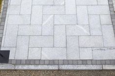 Silver Grey Granite M/C Bush-Hammered 300x600x30mm – Stone Merchant