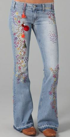Forever in love with Embroidery! pantalon jean brodé