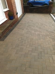 This block paving driveway has been recently completed by SD Home Improvements in Bradley Stoke. Driveway features: removal of the old surface extension on the left hand side new hardcore base and membrane double Charcoal paving brick border kerbing 90° paving block finish in Grey Visit our website to find more details about our block […]