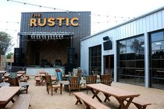 The Rustic in Dallas: Like Katy Trail Ice House, with more parking | www.pegasusnews.com | Dallas/Fort Worth