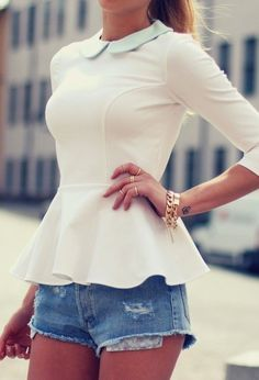 Womens Sexy Summer Loose Collar Basic Tops Casual Fashion Blouse T-Shirt White Peplum Tops, White Ruffle Blouse, Look Fashion, Womens Fashion, Fashion Tips, Fashion Design, Fashion Trends, Ladies Fashion, Street Fashion