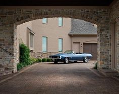 Make every entrance grand with a beautiful driveway featuring Belgard pavers. Driveway Design, Driveway Pavers, Patio Design, Pervious Pavers, Belgard Pavers, Outdoor Paving, Outdoor Spaces, Landscape Design, Living Spaces