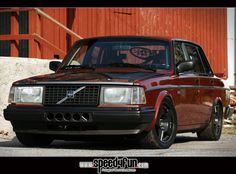 Volvo 240:) I need to make mine look this good