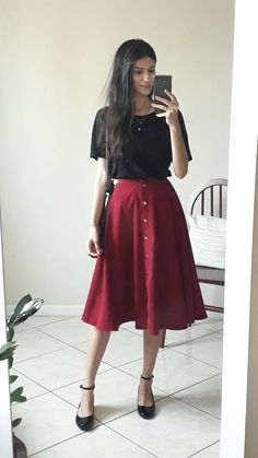 modesty, catholic store - Outfits for Work modesty, catholic store - Source by skirt outfits Womens Fashion Online, Latest Fashion For Women, Super Moda, Modest Fashion, Fashion Outfits, Fashion Fashion, Fashion Brands, Meeting Outfit, Casual Outfits