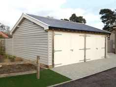Attractive Timber Garage