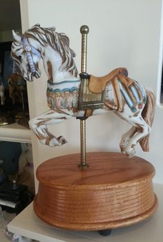 Willitts Melodies Carousel Waltz 60 - Carmel Jumper - Musical Carousel Horse - Carousel Waltz Music Box - Horse by 60YearsOfLove on Etsy