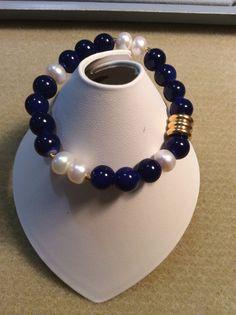 Azul marino y perlas