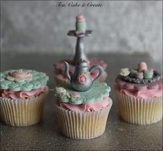 Tea, Cake & Create: Vintage Tea Party Cupcakes: Mini-Macarons Tutorial...