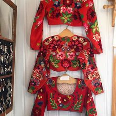 Folk Embroidery, Embroidery Designs, Handicraft, Knit Crochet, How To Make, How To Wear, Bell Sleeve Top, Costumes, Knitting