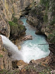 Stanley Falls, Beauty Creek, Jasper National Park, Alberta, Canada