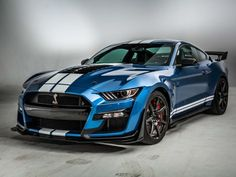 2020 Ford Mustang Shelby is a friendlier brawler 2020 Ford Shelby Mustang (Fahrgestell Ford Mustang Shelby Gt500, 2015 Mustang, Mustang Cars, Ford Gt500, Camaro Zl1, Corvette Cabrio, Chevy Camaro, Chevrolet Impala, Shelby Gt 500