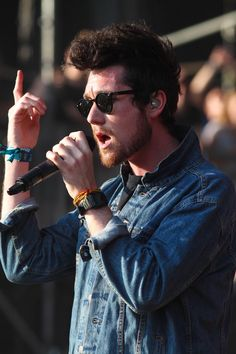 Dan Smith pointing at some higher power to cure him of this awful hangover.(Submitted by 0b-livi-on)Submit Dan points here