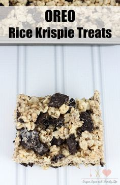 Oreo Rice Krispie Treats are perfect for Oreo cookie lovers and rice krispie treats lovers. This delicious kid friendly snack treat will be loved everyone. - Oreo Rice Krispie Treats Recipe on Sugar, Spice and Family Life