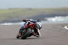 Suzuki GSX-R 1000 Anglesey Thundersport 2017 Photo by Tony Gonzo Tyler Anglesey, Gsxr 1000, Suzuki Gsx, 2017 Photos, Photo Galleries, Racing, Adventure, Photo And Video, Gallery