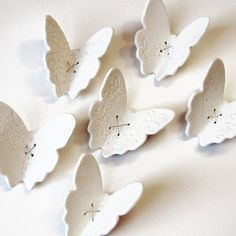 umla, Porcelain wall art Lace wing butterfly in white...