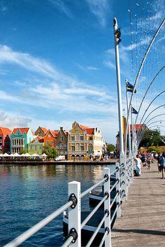 Curaçao, het is er prachtig! Vele Nederlanders zijn al fan en wij zijn dat ook, helemaal in combinatie met dit appartement Ga jij ook 9 dagen genieten op het Bon Bini eiland?