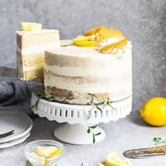 This Keto Lemon Cake is moist, soft and full of lemon flavor. It's easy to make in one bowl and the perfect low carb dessert for spring and summer parties. Paleo Lemon Cake, Sugar Free Lemon Cake, Gluten Free Lemon Cake, Keto Cake, Healthy Cake, Healthy Sweets, Healthy Food, Spring Desserts, Lemon Desserts