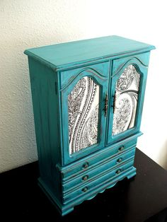 jewelry box-great make over idea!