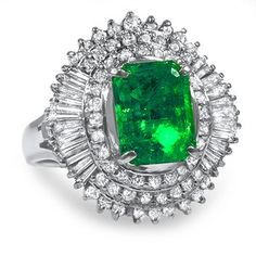 Suddenly emerald engagement rings are popping up on some of the most stylish celebrity fingers. Learn which stars are showing their love with green gems.