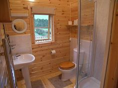 Cabin Style Bathrooms Are Common In Apartments And In Workplaces Like Offices But The Question Is How We Can Decorate Attached Bath In A Unique And Creative