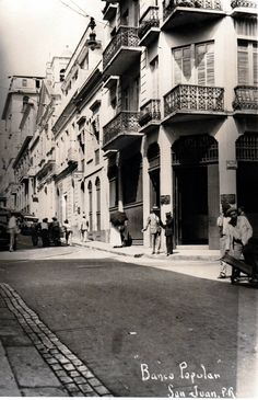 Banco Popular en Calle San Francisco, Viejo San Juan   Puerto Rico