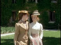 Anne of Green Gables style should come back into fashion...