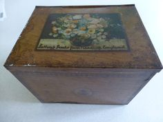 Sutton's Seeds from Reading England tin 8x6x6 inches c 1900