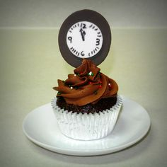 New Years Countdown Cupcake.    TFL!