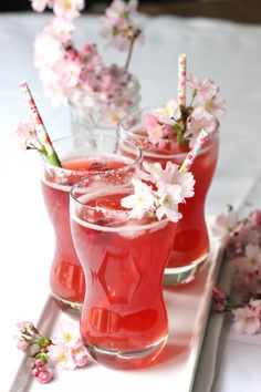 Pretty signature drinks for a bridal shower or rehearsal dinner |  Cran Raspberry Margaritas