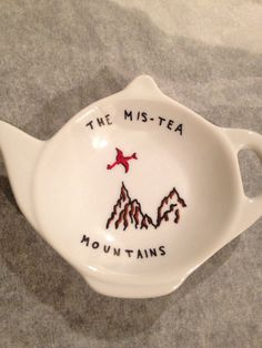 Hobbit Lord of the Rings Mis-Tea Mountains teabag holder, teapot shape, cearmic, 2016
