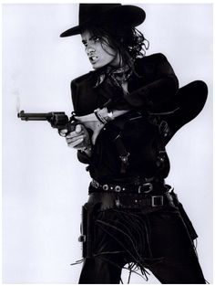 Isabeli Fontana | wild west | cowgirl | kiss kiss bang bang | point and shoot | black & white | fashion editorial  #avenue32loves