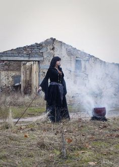 Cauldron.  From Trista Tabaldo's Hexy board. Looks like another modern day typical witch, this time in ritual garb.